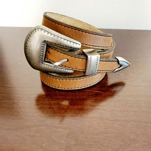 Vtg levi's leather western style belt